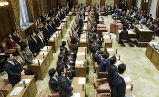 2015年度予算案を可決した衆院予算委員会(東京・国会内)【2015年3月撮影】