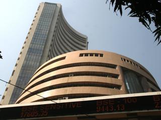 インドのムンバイ証券取引所外観【2006年12月撮影】