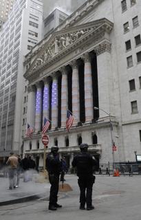 ニューヨーク証券取引所の外観【2009年1月撮影】